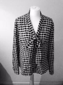 TAHARI long sleeves blouse