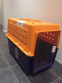 Large pet crate - airline approved USED ONLY ONCE