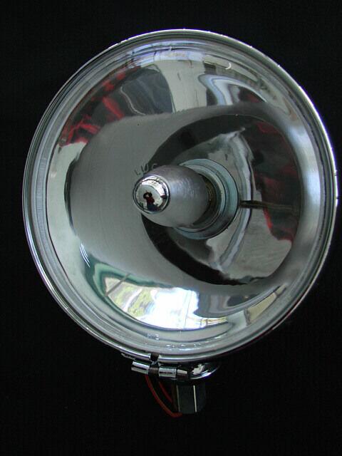 LUCAS 700 SLR DRIVING LIGHTS WITH HALOGEN BULBS