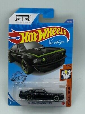 HOT WHEELS 2020 HW HOT MUSCLE MANIA '69 FORD MUSTANG BOSS 302 BLACK RTR CASE