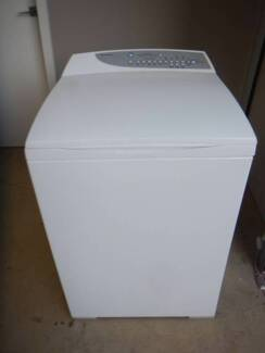F&P 7.5 kg Front Load  Washer  (Includes Delivery)