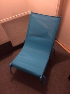 Patio 4 sling chaise lounger NEW NEUF quatre four chairs 100$