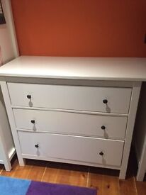 White Wooden chest of drawers in good condition from Hermes Range in Ikea only £30.00