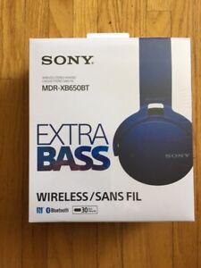 SONY Wireless Stereo Headset (new in sealed pkg)