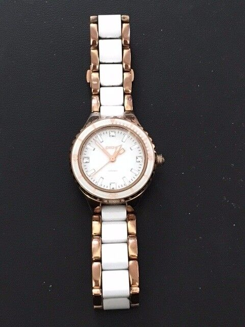 DKNY CERAMIC WHITE AND ROSE GOLD WATCH NY8500