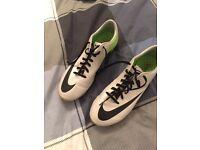 Mens Nike Mercurial Vapor football boots - size 7