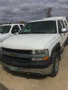 2002 Chevrolet Silverado 2500HD 4wd with high cap