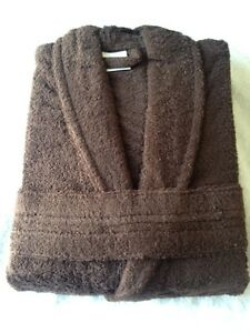 Spa table sheets, Towels,Luxury 100% cotton Bath robes Windsor Region Ontario image 8
