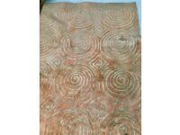 Large beautiful wool rug (243 x 333 cms)