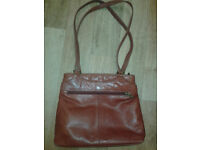 Ladies/womens Gigi red leather shoulder/handbag, double straps, zipped, used but vgc . £9 ono