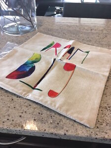 BRAND NEW, not used decorative cushion cover (make a offer!) London Ontario image 1