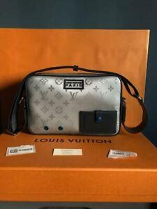 dcb92b9ab0b5 Louis Vuitton Alpha Messenger SS19