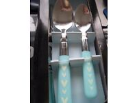 16 piece brand new boxed cutlery set never opened