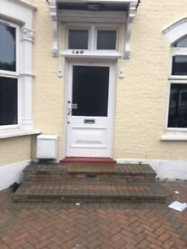 Self Contain Studio Flat to Let