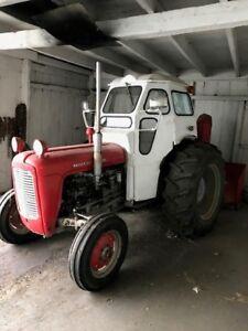 Tracteur 1961 Massey Furgueson Diesel 35 et souffleur
