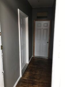 3 bedroom available in uptown area