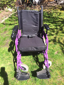 INVACARE POWER 9000 ELECTRIC MOTORIZED WHEELCHAIR CHAIR