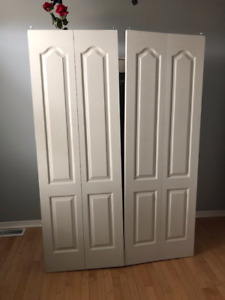 Pair of folding doors, brand new hardware included