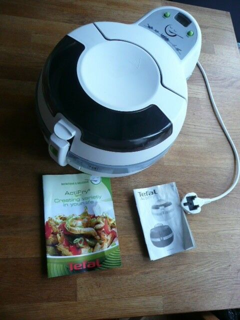 Tefal ActiFry with instruction and recipe booklet