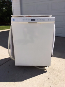 High-end Kenmore ULTRA WASH dishwasher (stainless inside, white)