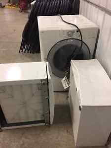 Whirlpool  Dryer. with 2 stands