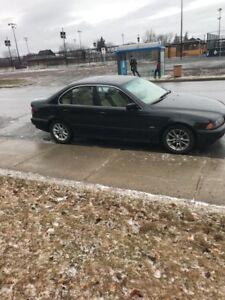 BMW 525 SUPER CLEAN AND WELL MAINTAINED