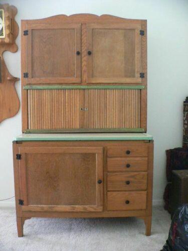 Hoosier Bakers Cabinet Sideboard complete Green Ivory Oak model 3336