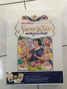 Brand New unopened  Snow White Exclusive Deluxe Video Set