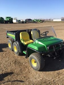 JOHN DEERE TH 6X4-2011- GREAT SHAPE WITH ONLY 858 HOURS
