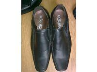 Mens smart shoes size 10.