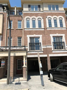 4 Br Townhouse for Rent