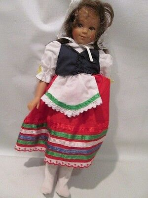 "12"" Vinyl Unimax Brunette ""Dolls of All Nations""  Doll 1995 ~Italy~"