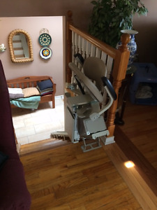 Bruno SRE-2750 Electric stair chair