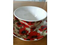 Poppy cups and saucers