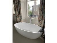 Bath tub - freestanding Barcelona model from Victoria and Albert