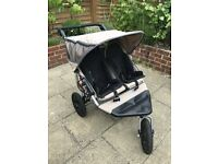 Out n about Nipper 360 v2 double pushchair
