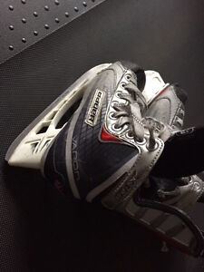 Bauer Vapor X2.0 Skates-Used Size 2.5