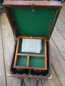 antique lawn bowling bowls/balls in antique wooden box London Ontario image 3