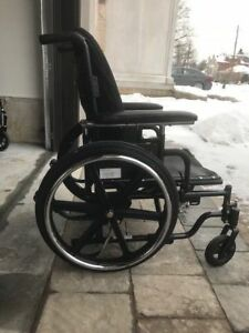 Medium Size Foldable Wheelchair