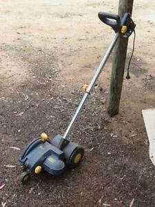 Lawn edger Clackline Northam Area Preview