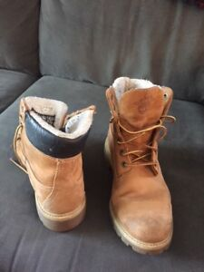 Timberland Boots - Mens size 7.5 - Winter/Waterproof