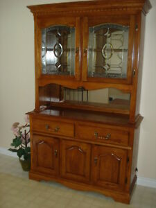 Oak Buffet China Cabinet, Stained Glass Doors, Lighted Hutch