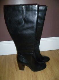 Ladies Marks and Spencer boots with extra wide calf, brand new size 7