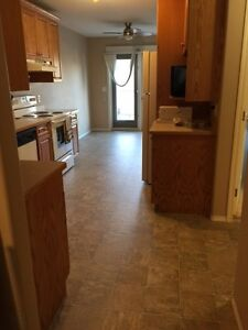 Beautiful 2BR close to U of S and RUH
