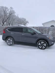 2016 Honda CRV Touring  AWD Low KM