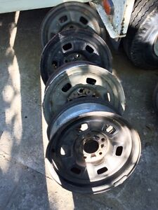 Tires and rim sets fits several vehicles reasonable offers Regina Regina Area image 4