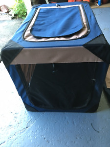 Deluxe large Hagen soft dog kennel excellent condition