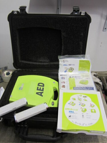 Zoll AED Defibrillator Plus W/ CPR-D Pads NOS