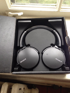 Sony MDRX 650 Blue Tooth Wireless Headphones