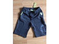 VR46 Valentino Rossi Men's Shorts 32-34 inch waist